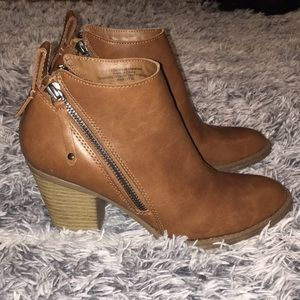 Cognac Ankle Boots w/ Stacked Heel